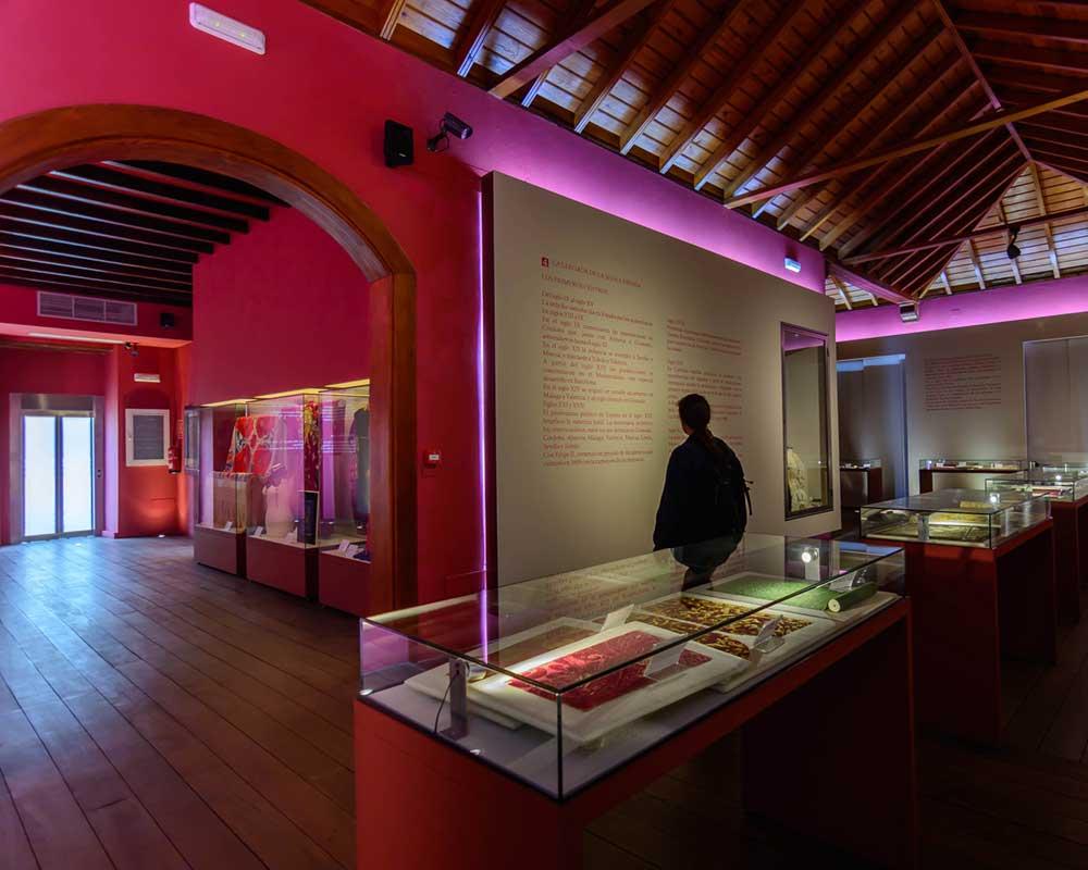 MUSEO DE LA SEDA / EL PASO