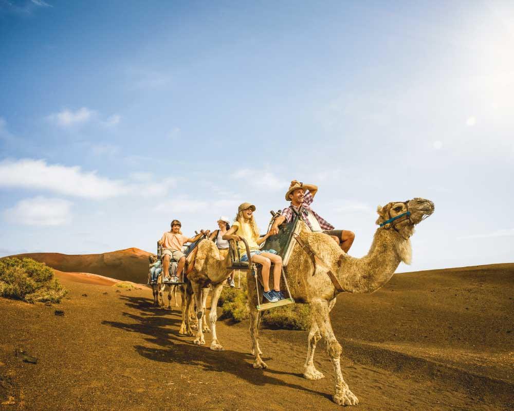 Paseo en camello, Timanfaya | Carlos Spottorno