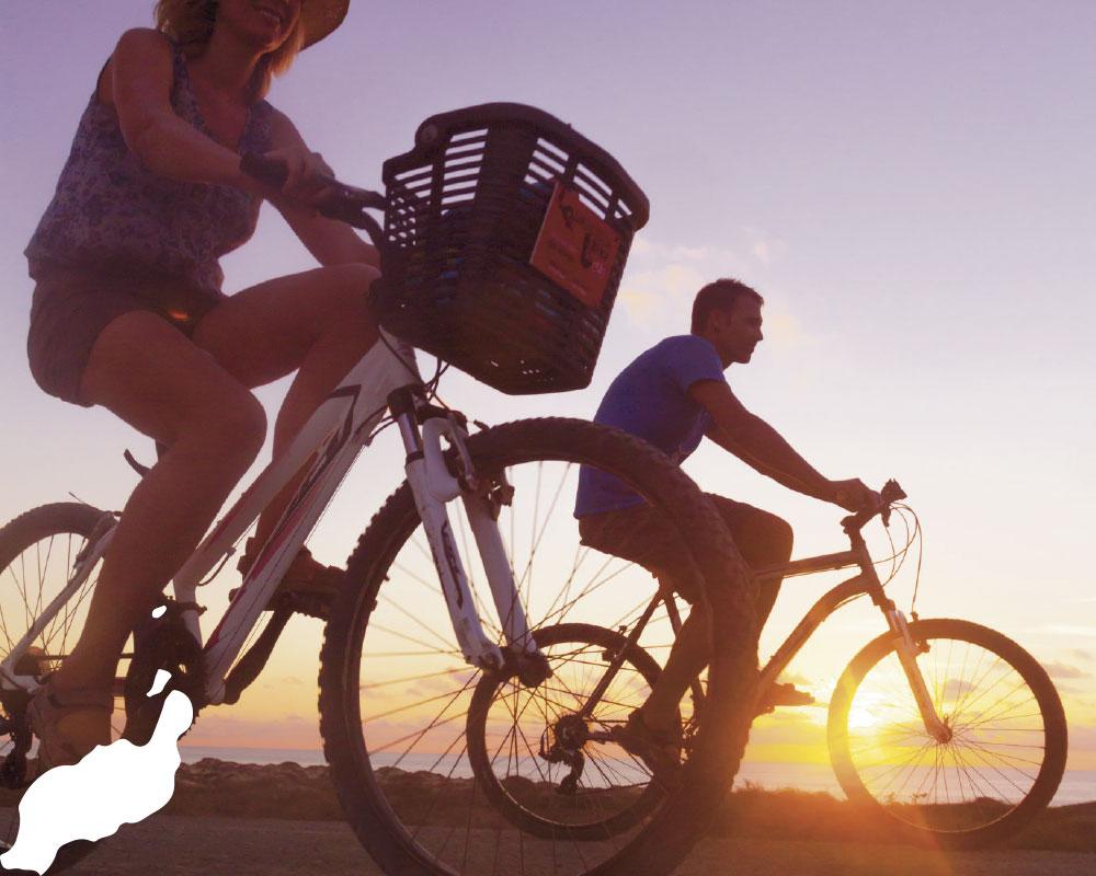 en bicicleta por la graciosa | Alex Bramwell
