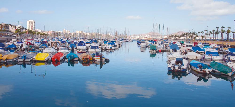 10 puertos deportivo / Puerto deportivo Las Palmas | Alby Martín Placeres